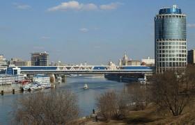 Торгово-пешеходный мост «Багратион»
